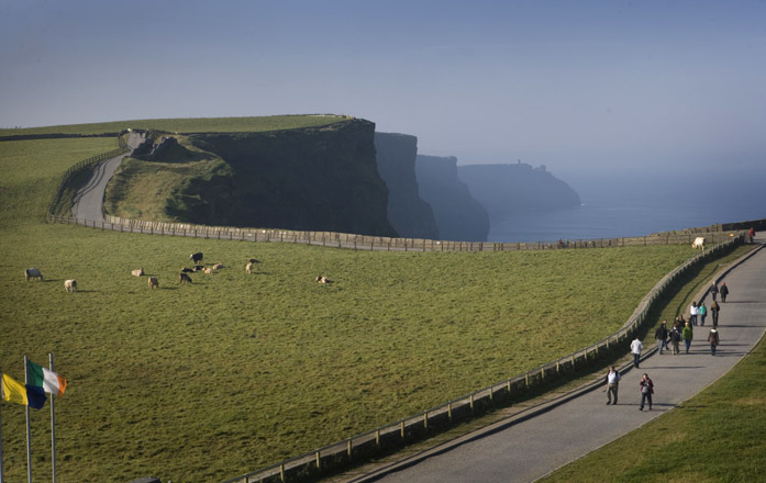 getting-here-walking-irish-flag-with-cliffs